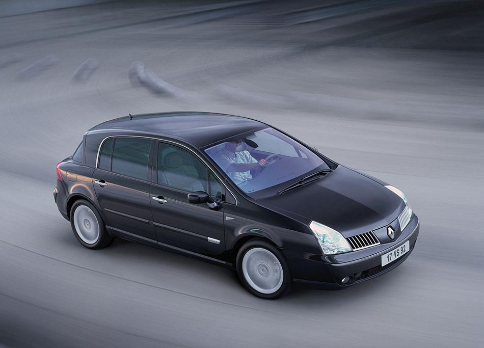 2001 Renault Vel Satis Front Angle