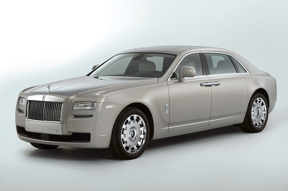 2011 Rolls-Royce Ghost Extended Wheelbase Front Angle