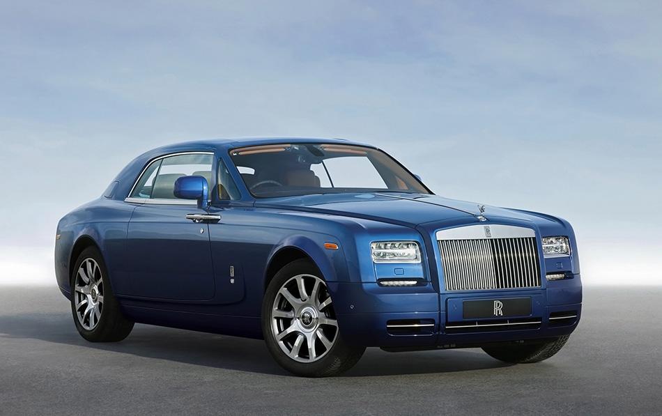 2013 Rolls-Royce Phantom Coupe Series 2 Front Angle