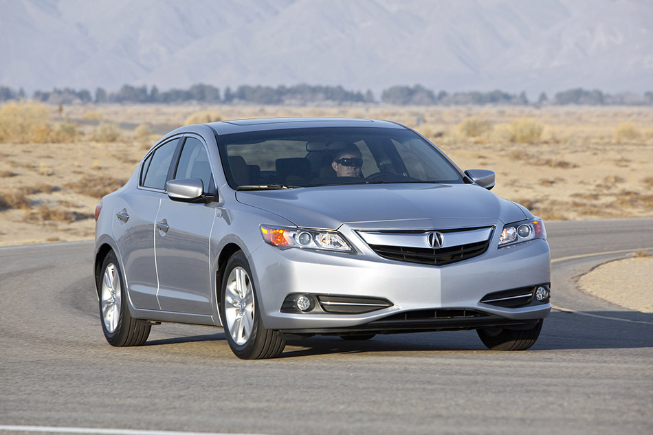 2014 Acura ILX Hybrid Front Angle