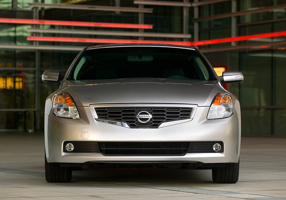 2009 Altima Coupe Front