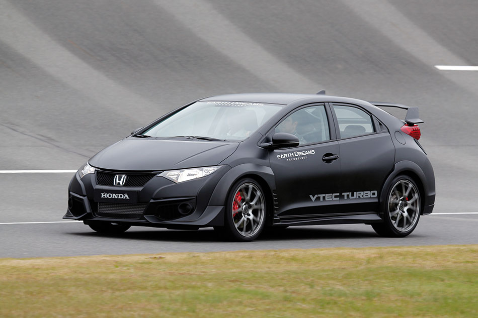 2015 Honda Civic Type R Front Angle