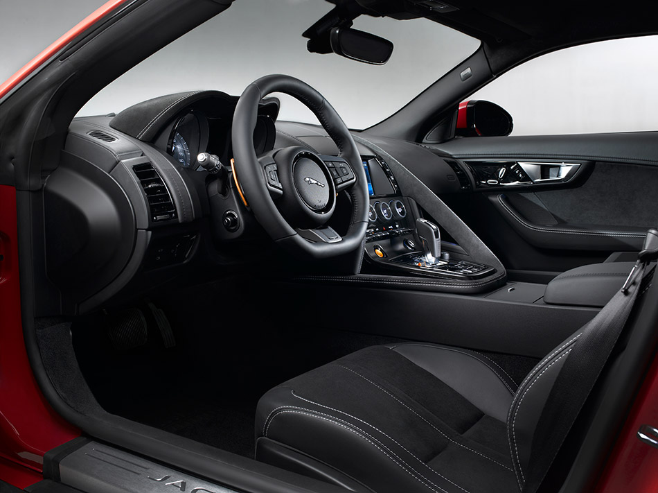 2015 Jaguar F-Type R Coupe Interior