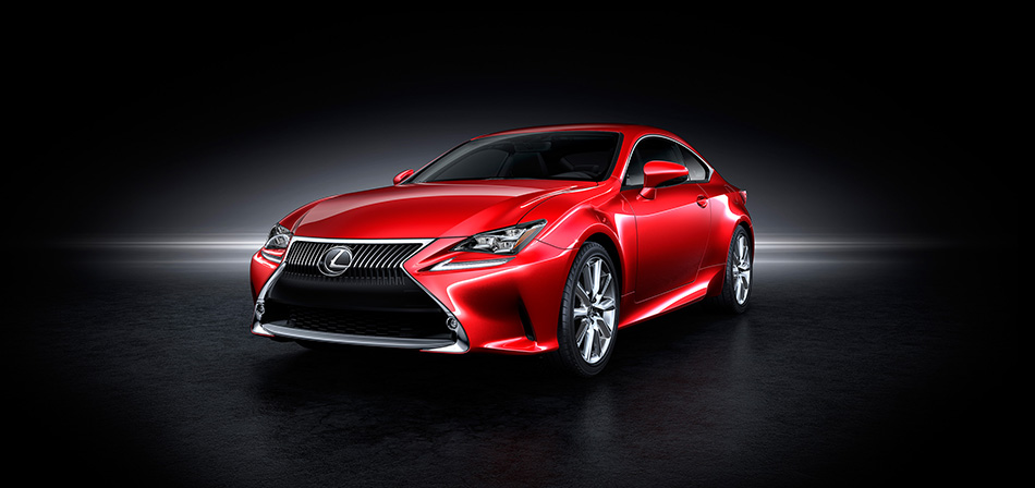 2013 Lexus RC Coupe Front Angle
