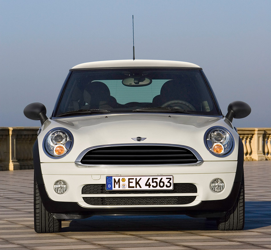 2009 MINI One D Front