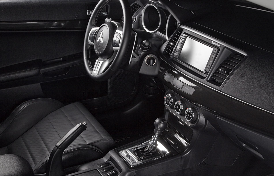 2010 Mitsubishi Lancer Evolution Interior