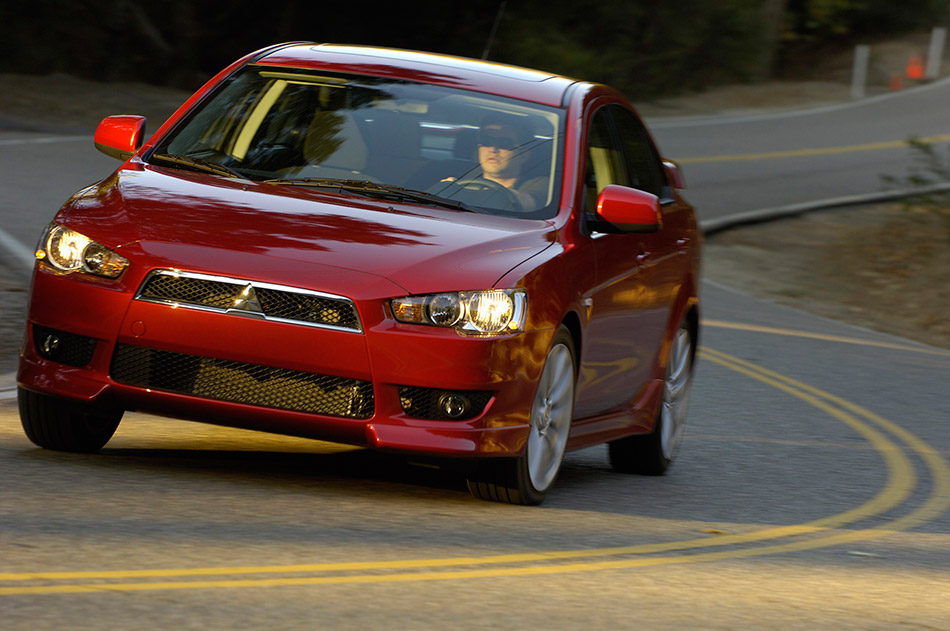 2009 Mitsubishi Lancer Sedan Front Angle