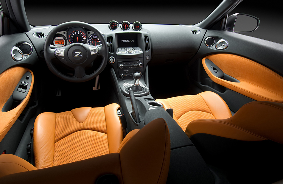 2012 Nissan 370Z Coupe Interior