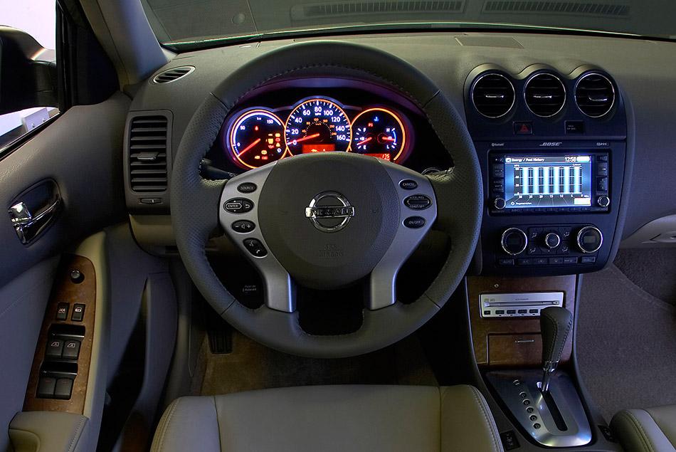 2009 Nissan Altima Hybrid Interior
