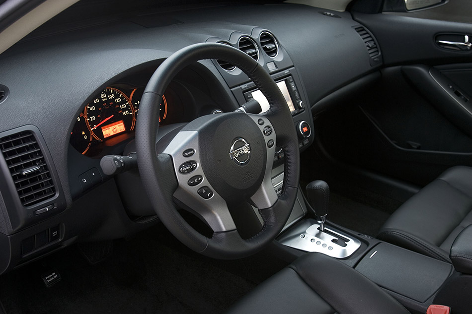 2009 Nissan Altima Sedan Interior