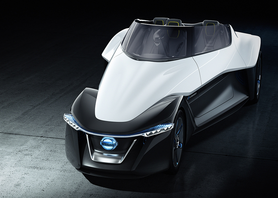 2013 Nissan BladeGlider Concept Front Angle