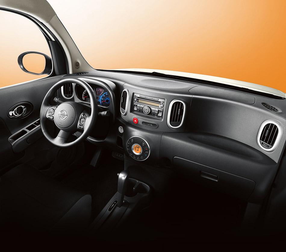 2009 Nissan Cube Interior