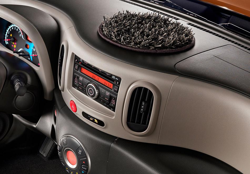 2011 Nissan Cube Interior