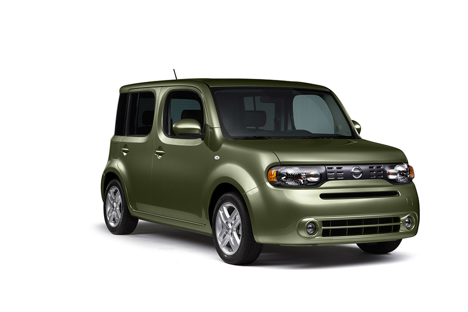 2011 Nissan Cube Front Angle