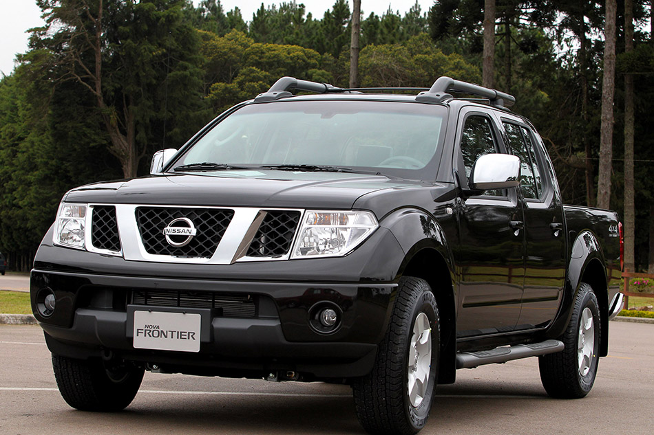 2011 Nissan Frontier Front Angle