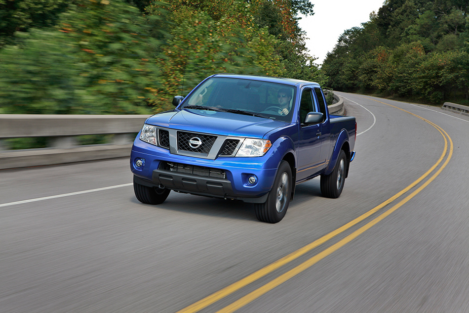 2012 Nissan Frontier King Cab Front Angle