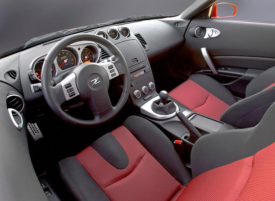 2007 Nissan NISMO 350Z Interior