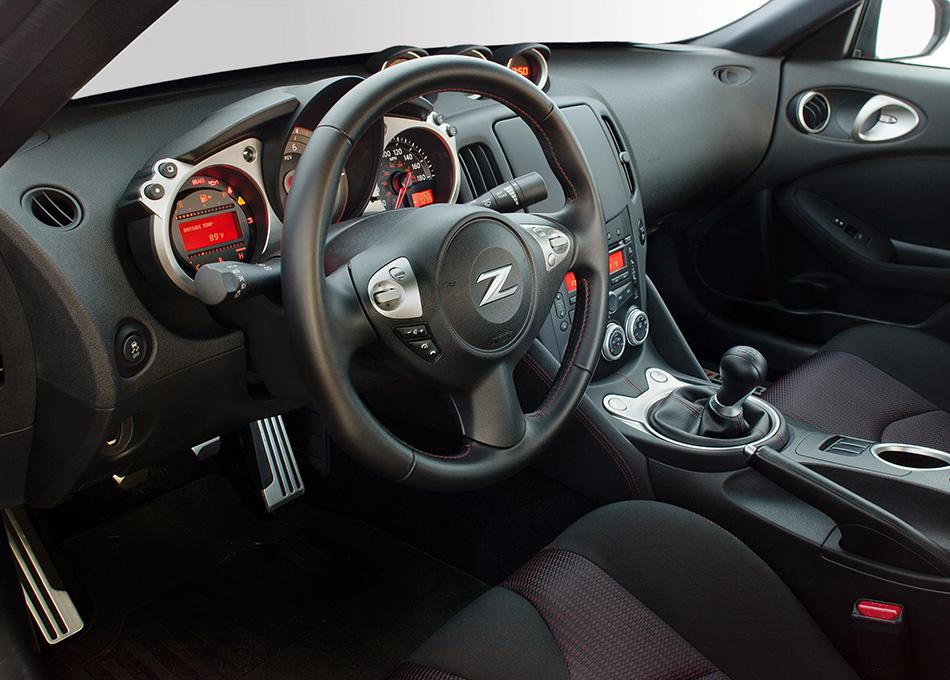 2013 Nissan NISMO 370Z Interior