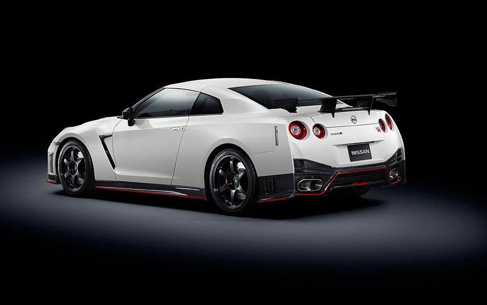 2015 Nissan NISMO GT-R Rear Angle