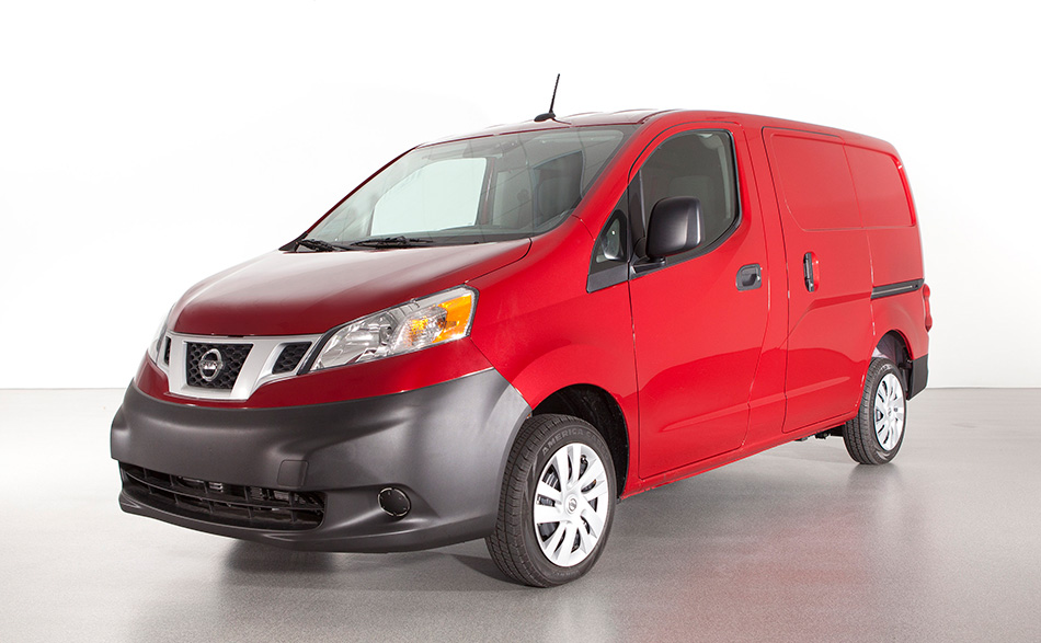 2013 Nissan NV200 Cargo Van Front Angle
