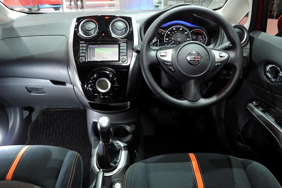 2013 Nissan Note Interior