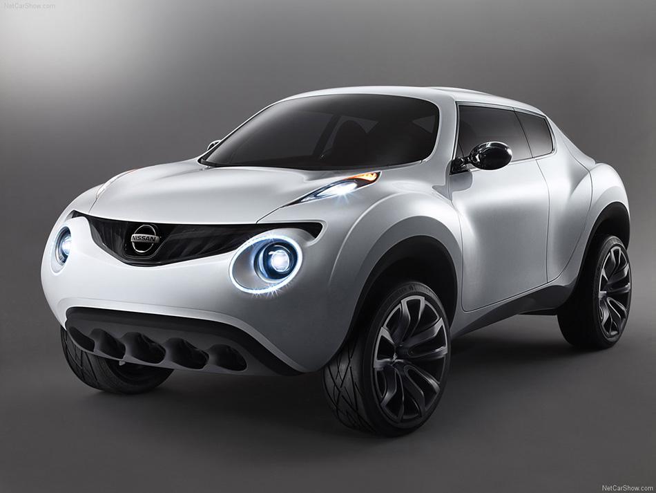 2009 Nissan Qazana Concept Front Angle