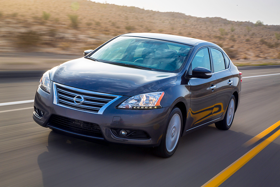 2013 Nissan Sentra Front Angle