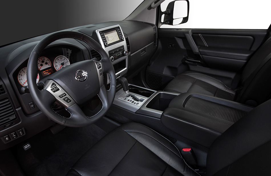 2014 Nissan Titan Interior