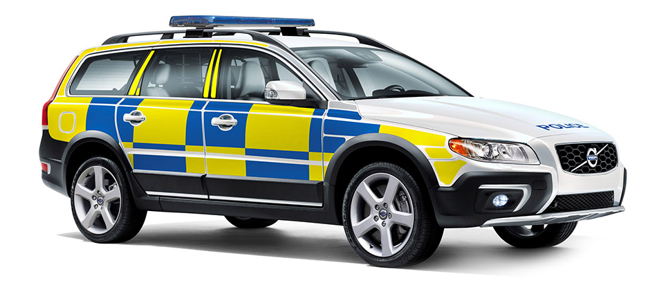 2014 Volvo XC70 D5 AWD Swedish Police Front Angle