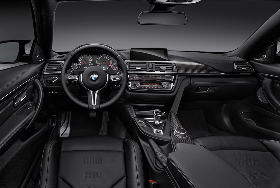2015 BMW M4 Coupe Interior