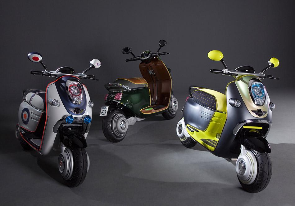 2010 MINI Scooter E Concept Front Angle