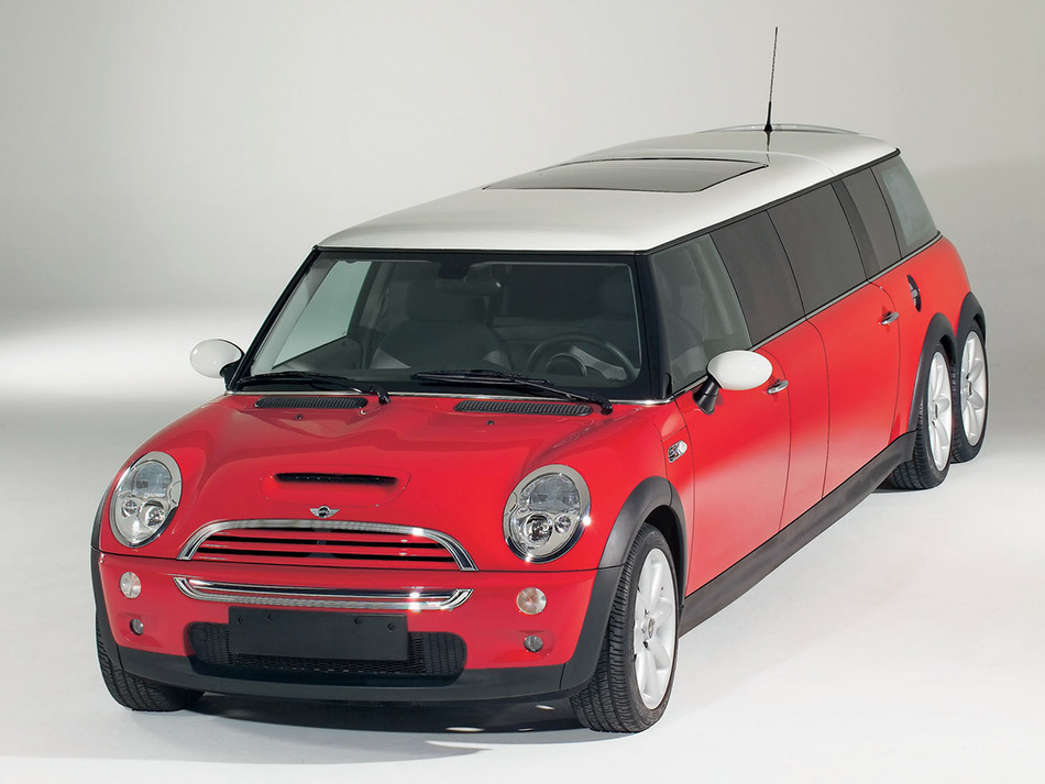 2004 MINI XXL Stretch Limo Front Angle