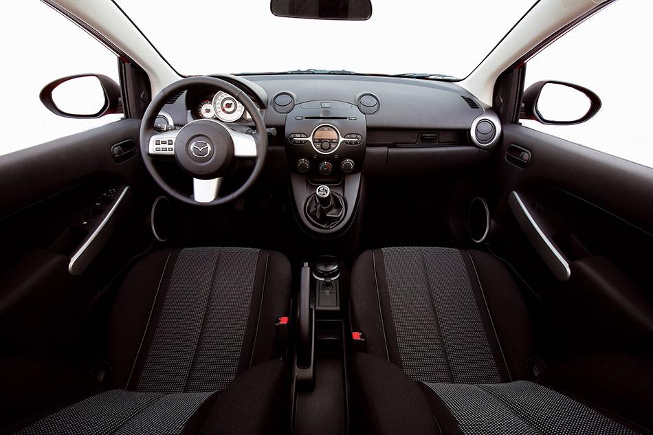 2007 Mazda 2 Interior