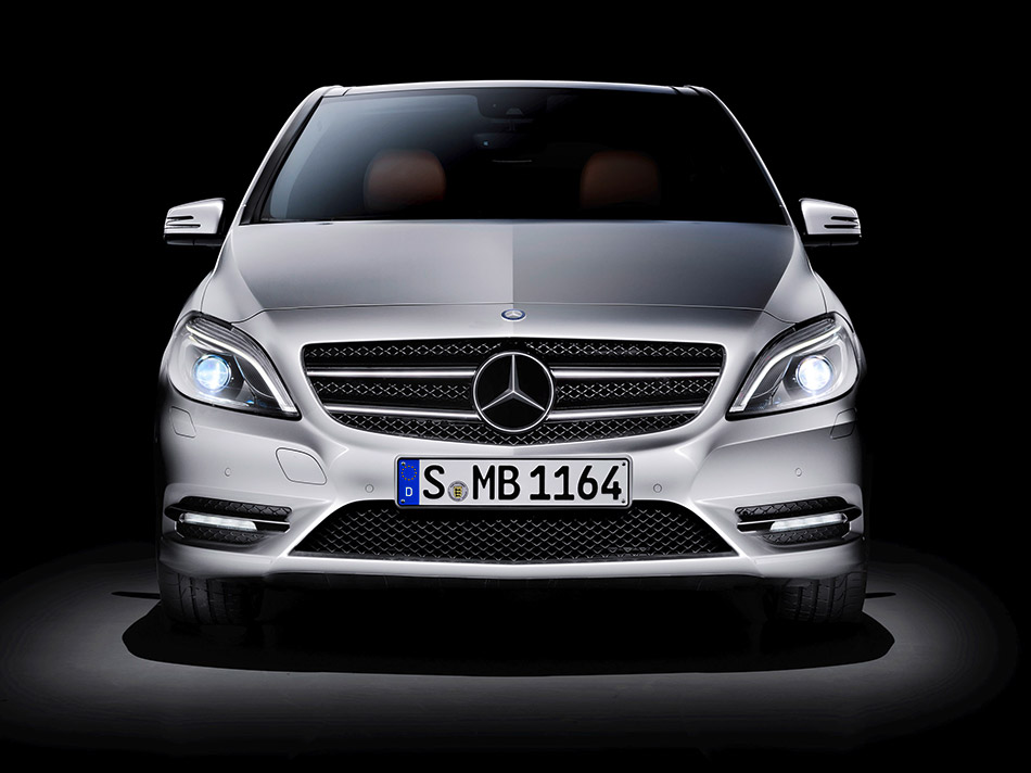 2012 Mercedes-Benz B-Class Front Angle