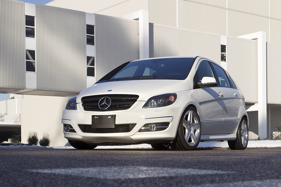 2011 Mercedes-Benz B55 Concept Front Angle