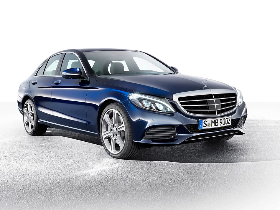 2014 Mercedes-Benz C-Class Front Angle