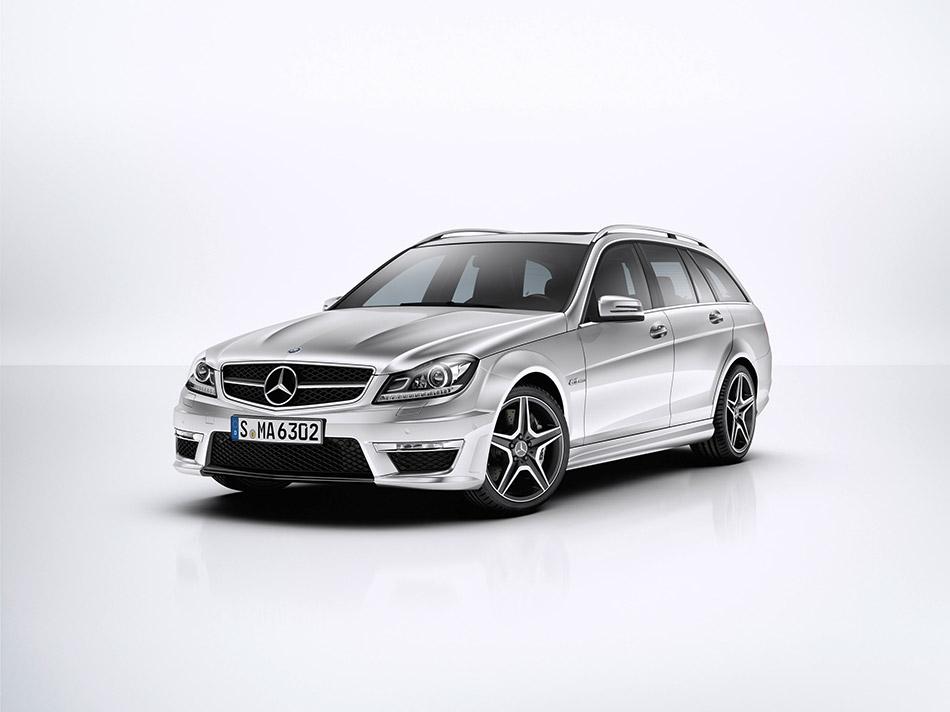 2012 Mercedes-Benz C63 AMG Estate Front Angle