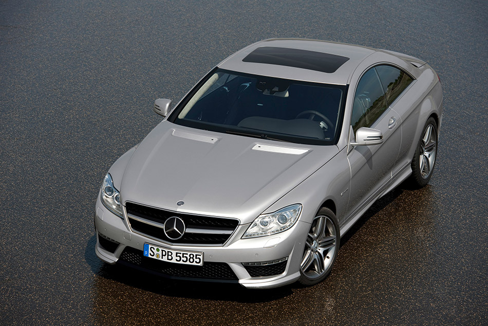 2011 Mercedes-Benz CL63 AMG Front Angle