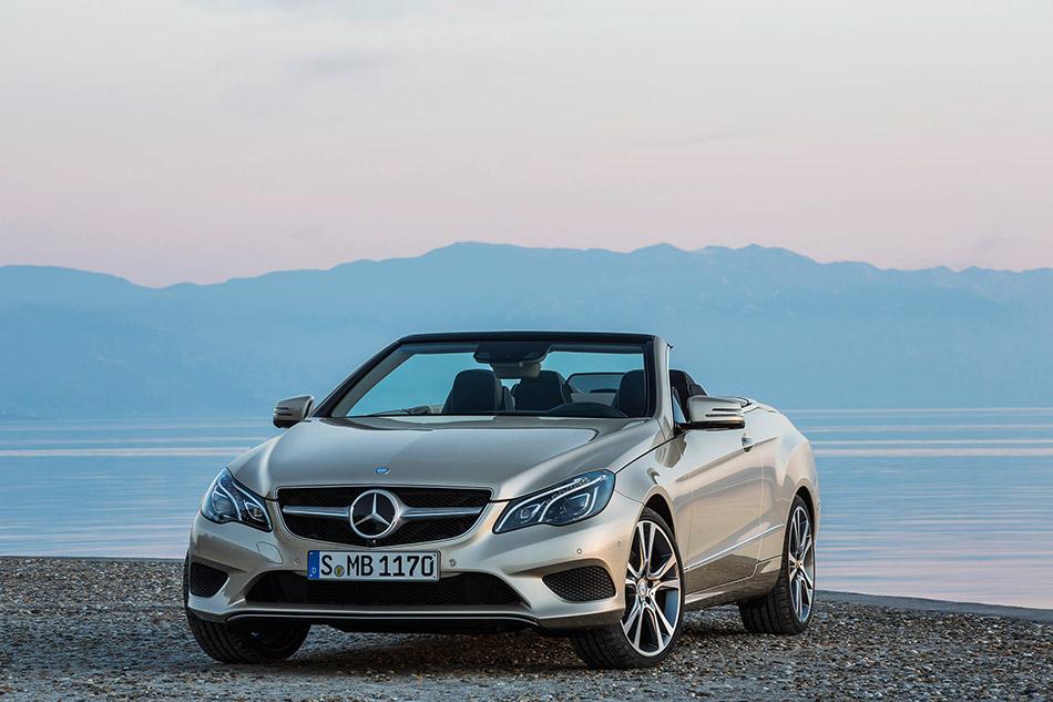 2014 Mercedes-Benz E-Class Cabriolet Front Angle
