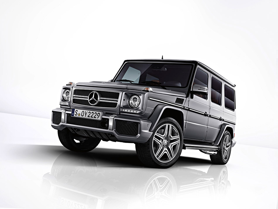 2013 Mercedes-Benz G63 AMG Front Angle