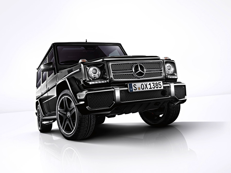 2013 Mercedes-Benz G65 AMG Front Angle