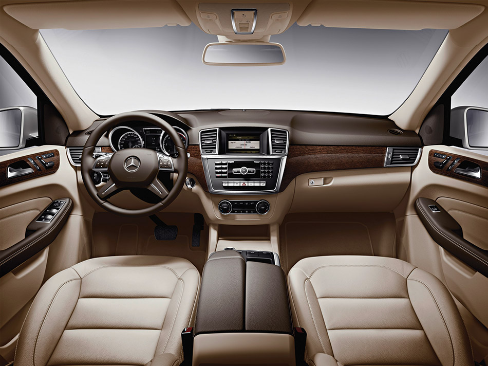 2012 Mercedes-Benz M-Class Interior