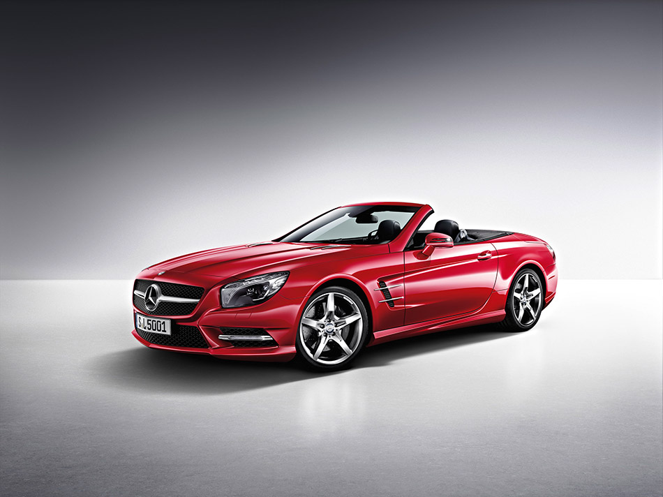 2013 Mercedes-Benz SL-Class Front Angle
