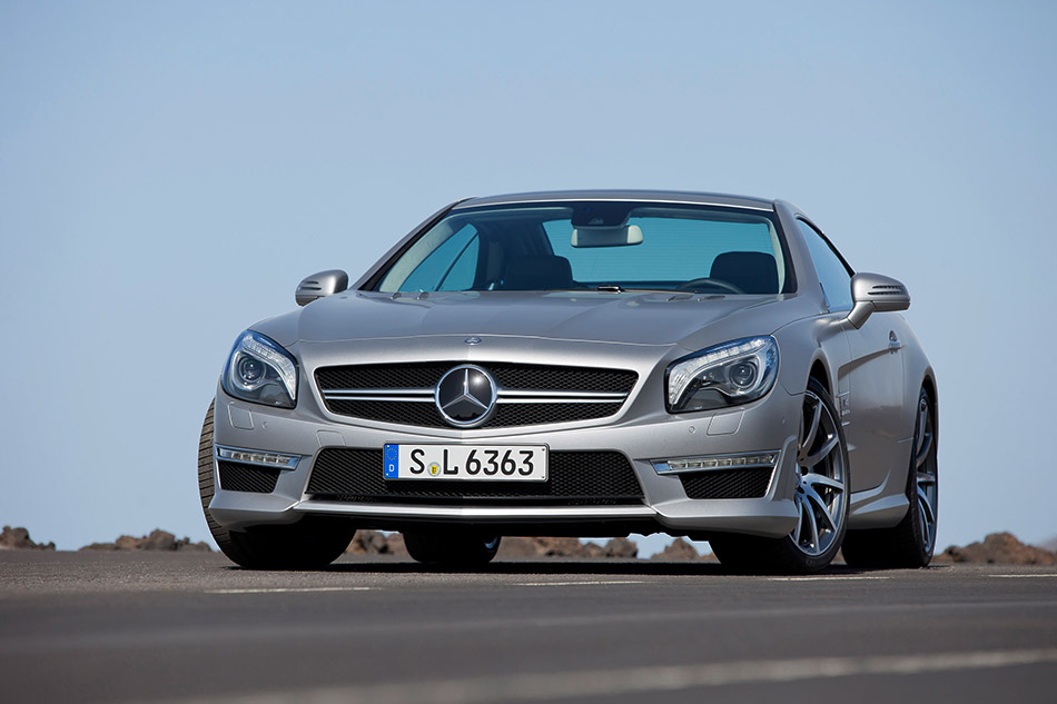 2013 Mercedes-Benz SL63 AMG Front Angle