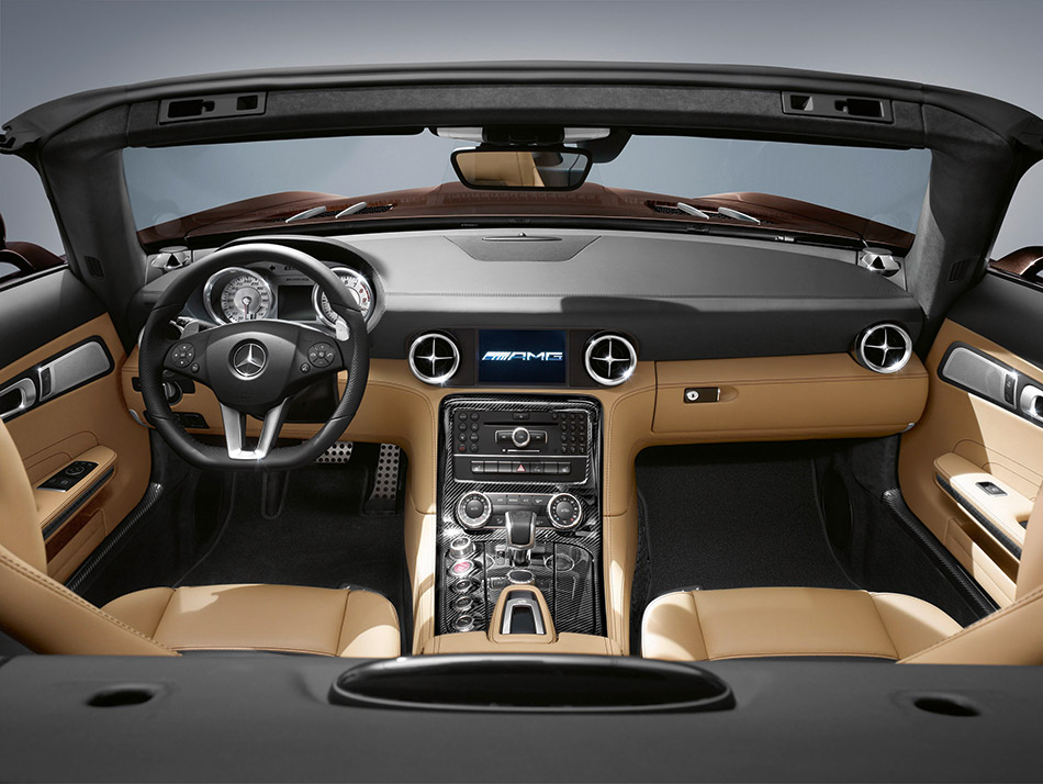 2013 Mercedes-Benz SLS AMG GT Roadster Interior