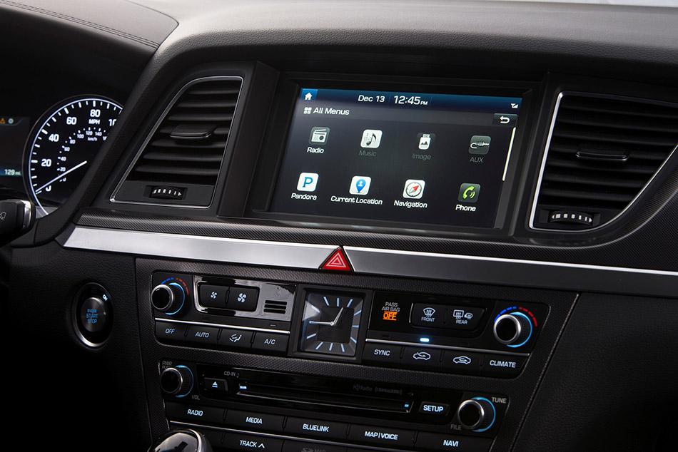 2015 Hyundai Genesis Navi