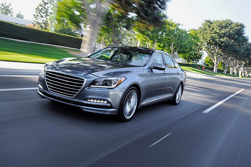2015 Hyundai Genesis Front Angle