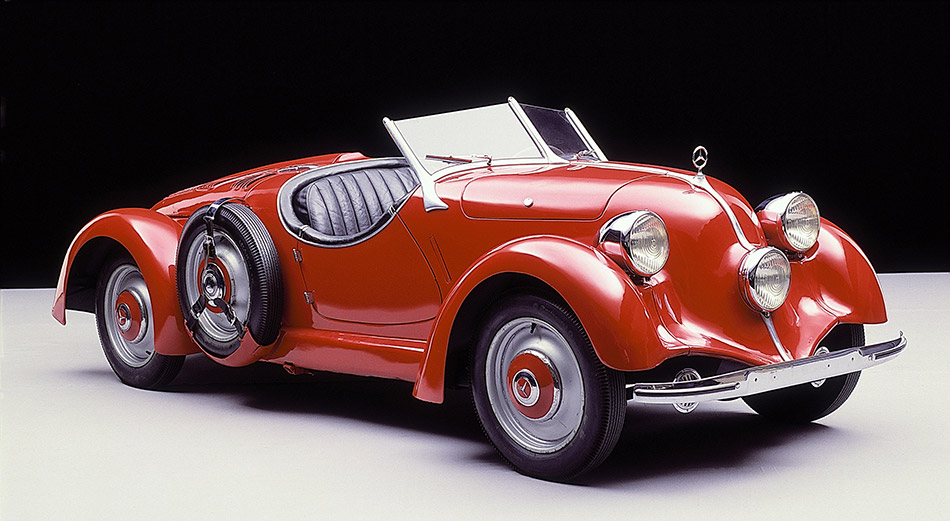 1934 Mercedes-Benz 150 Sport Roadster Front Angle