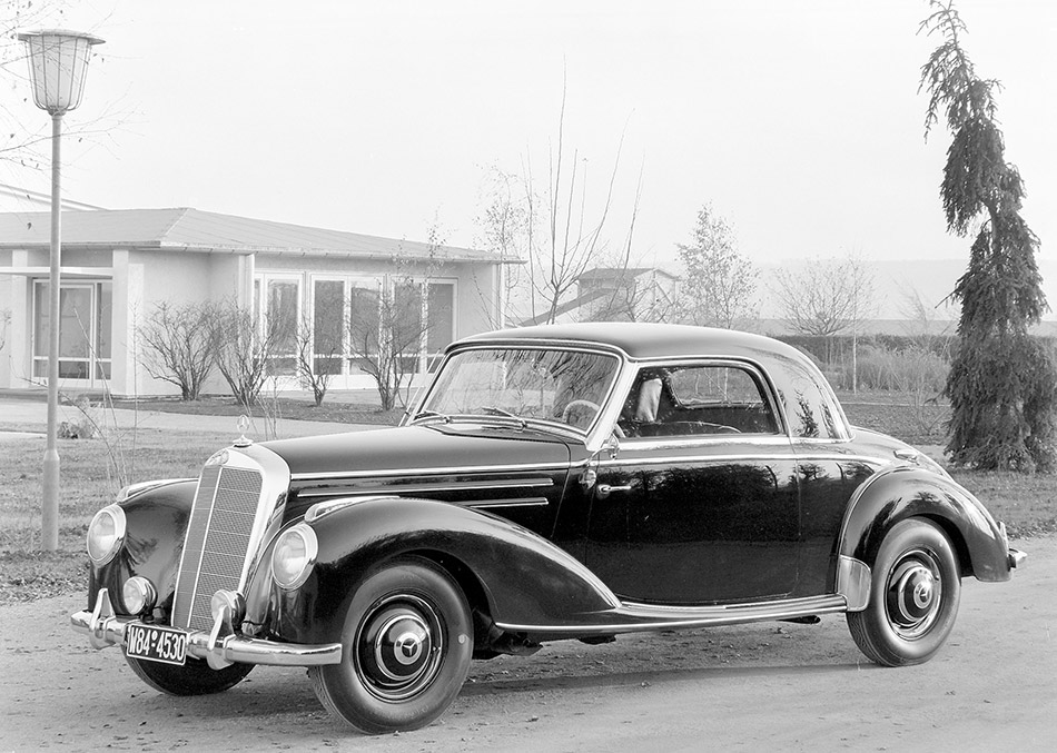 1951 Mercedes-Benz 220 Front Angle