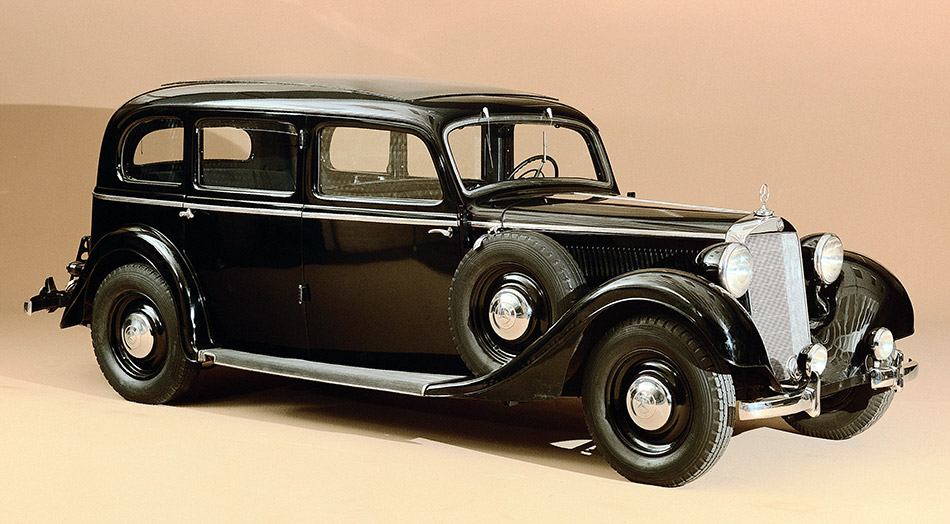 1937 Mercedes-Benz 320 Front Angle
